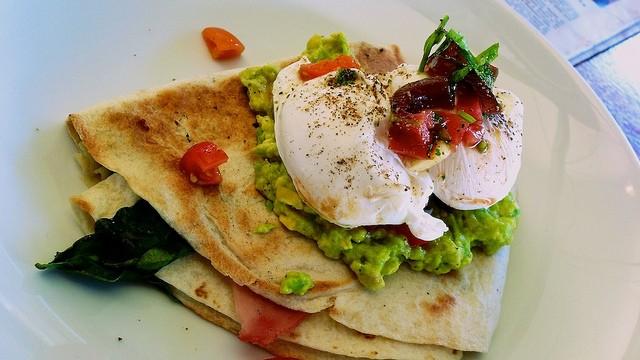 avocado quesadilla selber machen schnell gemacht und richtig lecker. Black Bedroom Furniture Sets. Home Design Ideas
