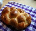 Backideen zu Ostern: Einen lockeren Hefezopf backen