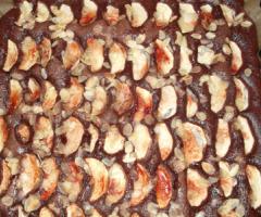 Unglaublich leckeren Apfel-Schokoladen-Kuchen selber machen - himmlisch lecker!